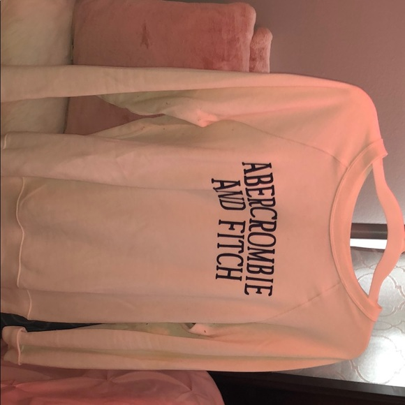 Abercrombie & Fitch Tops - White sweatershirt